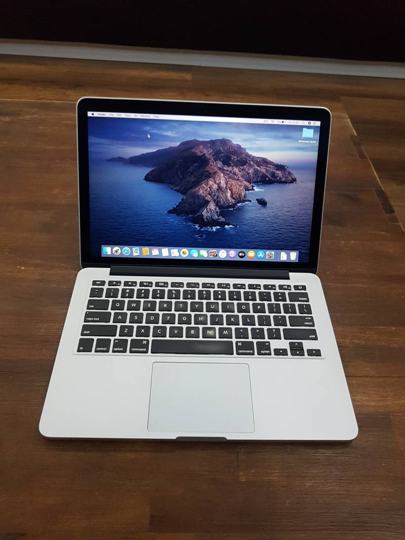 Apple macbook pro 13 inch retina core i5 8GB 128GB SSD 2014 refurbished