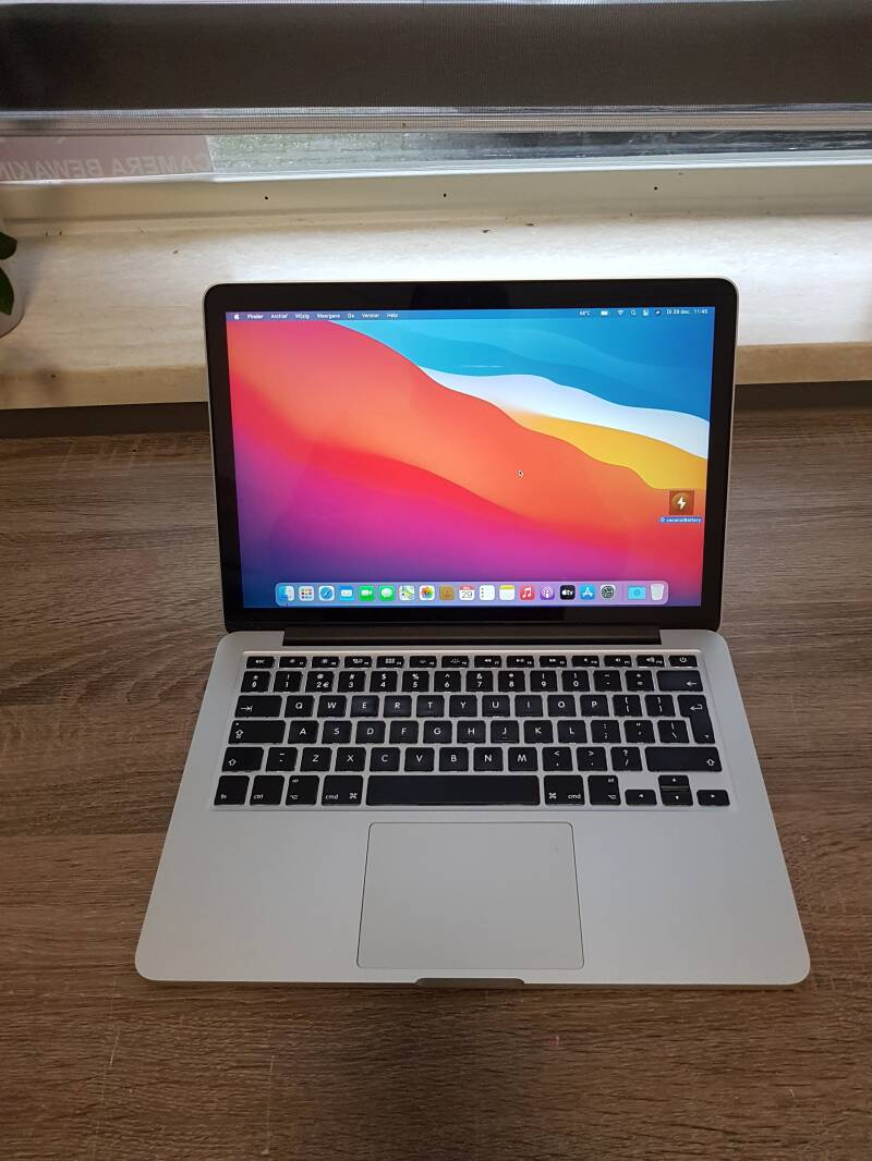 Apple macbook pro  13 inch retina   core i5 8GB 128GB SSD refurbished uit 2014   Conditie ⭐⭐⭐⭐⭐
