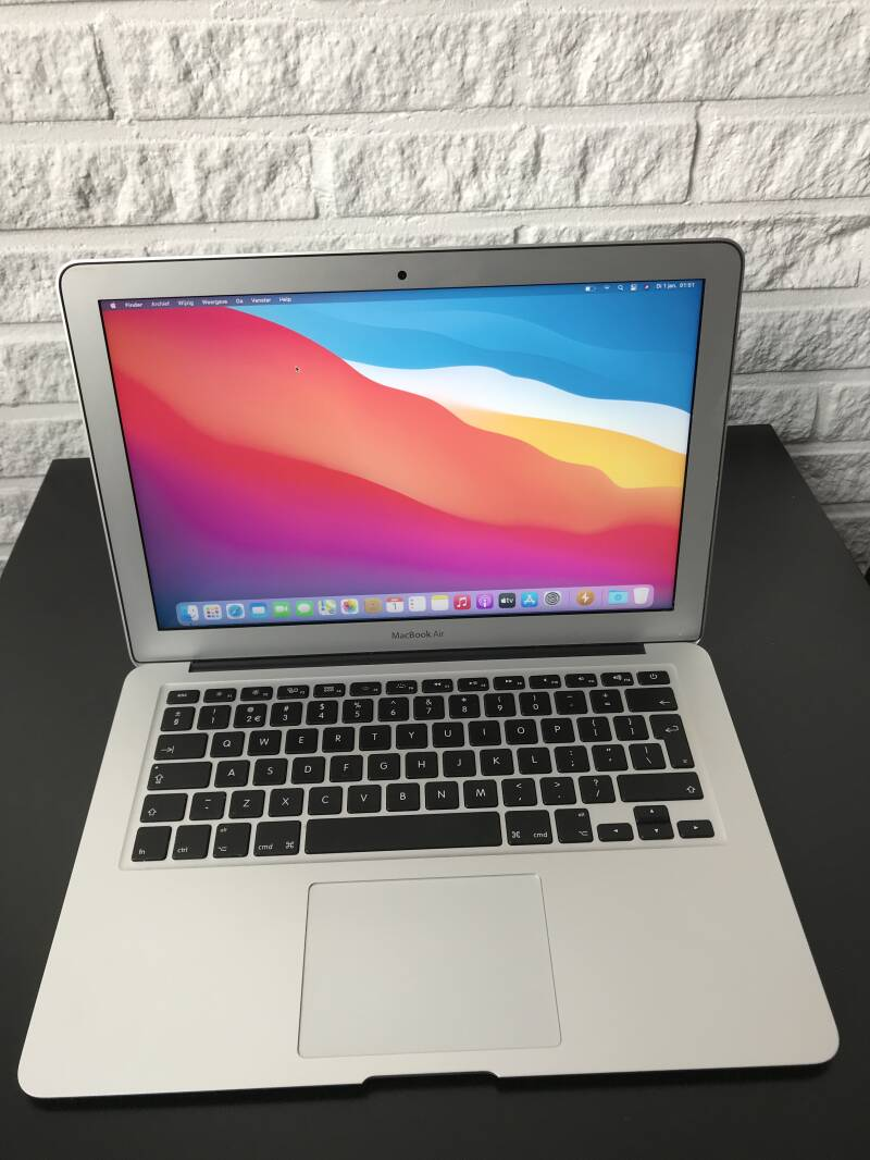 Apple MacBook air 13 inch i5 8GB 128GB SSD refurbished ✔2017 Conditie ⭐⭐⭐⭐⭐
