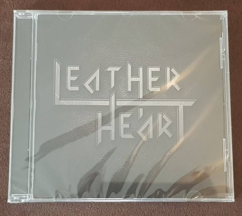 Leather Heart - ST