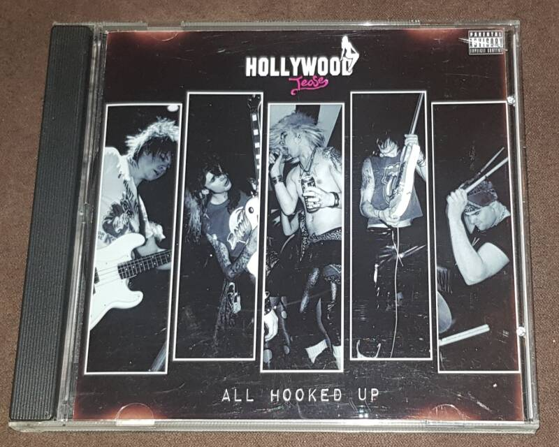 Hollywood Tease - All Hooked Up