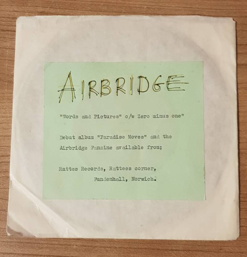 Airbridge - Words and Pictures (Single) No original cover incl. (2nd hand)