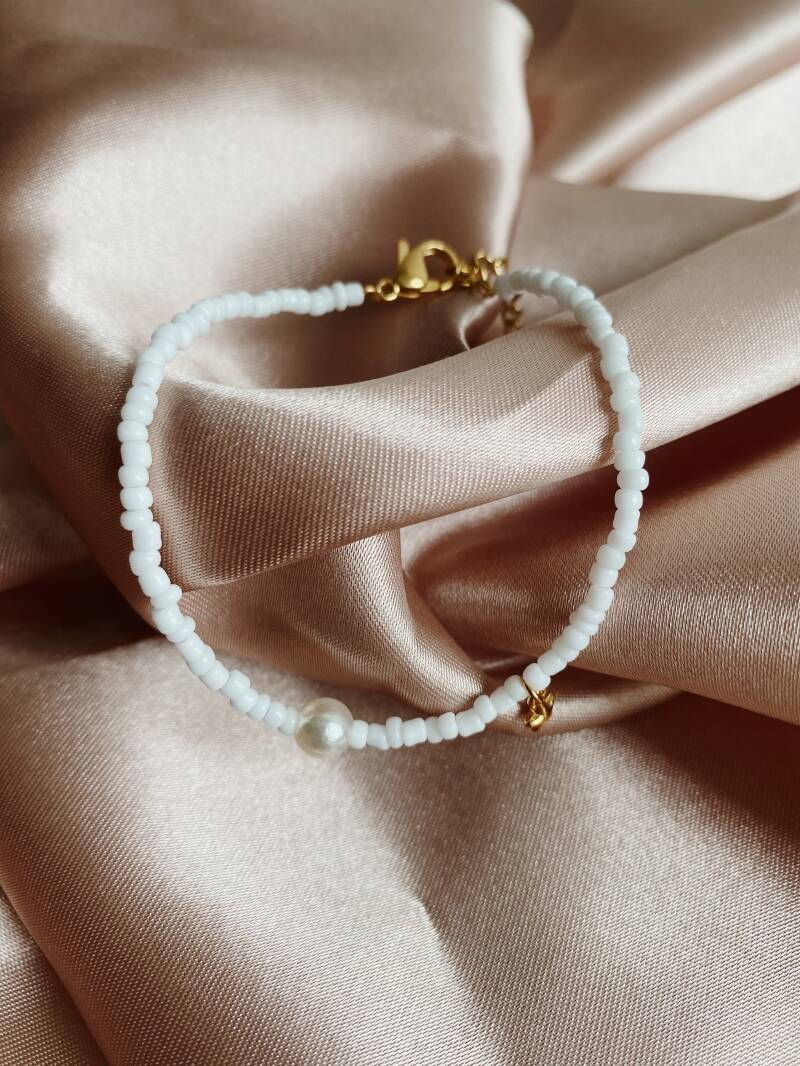 White pearl star gold