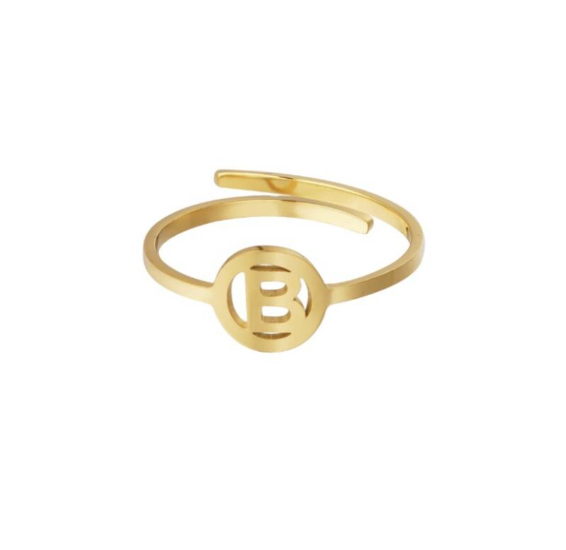 Initial ring gold