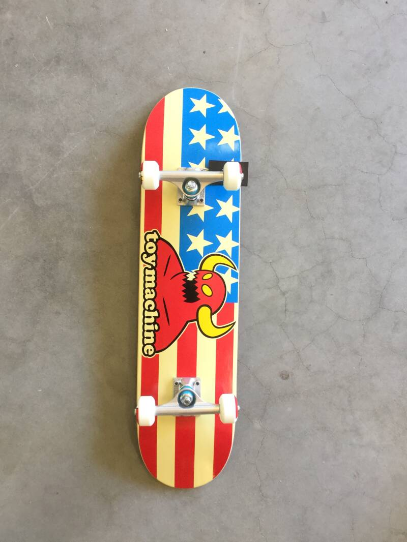 Skateboard • complete • Toy Machine • 7.75 inch • American monster
