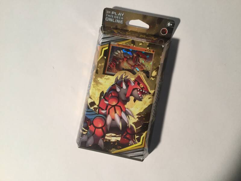 Pokemon • Towering Heights • theme deck • Cosmic Eclipse