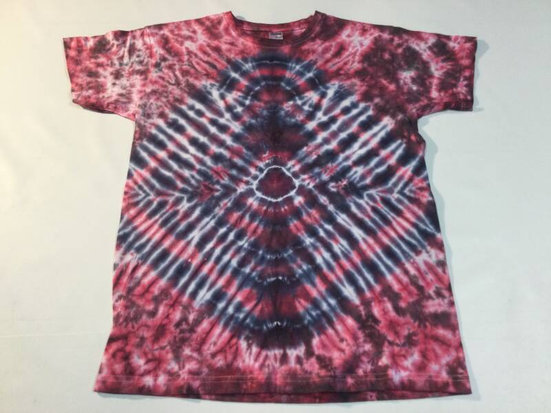 Tie dye • T-shirt • size Medium