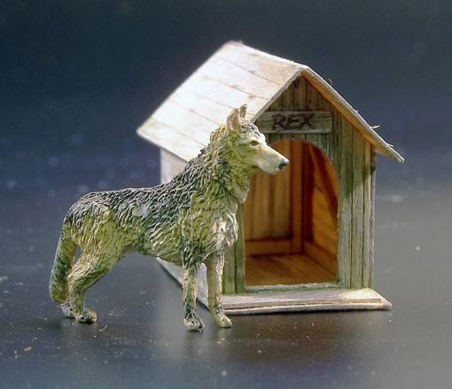 Dog House	PLUS423