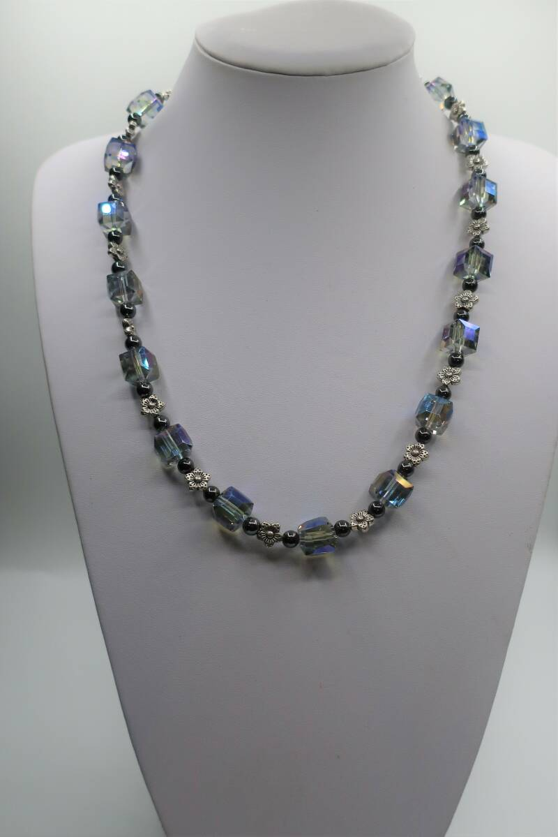 Collier Crystal Colours