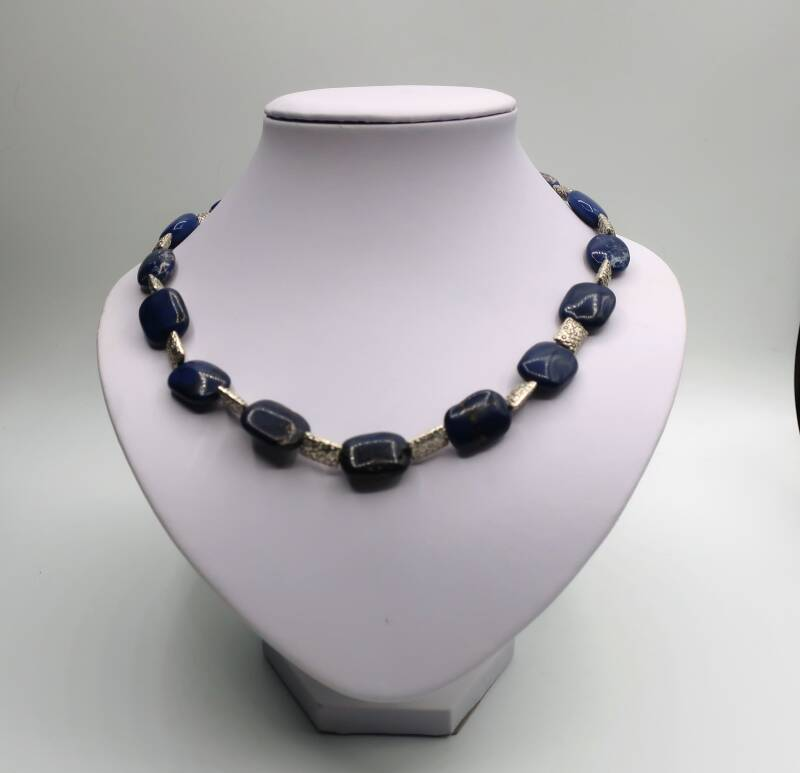 Collier 'Blue Howlite'