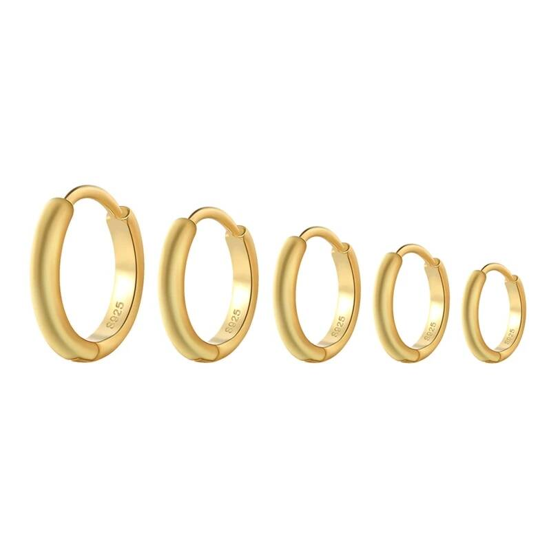 Basic hoop earrings | gold