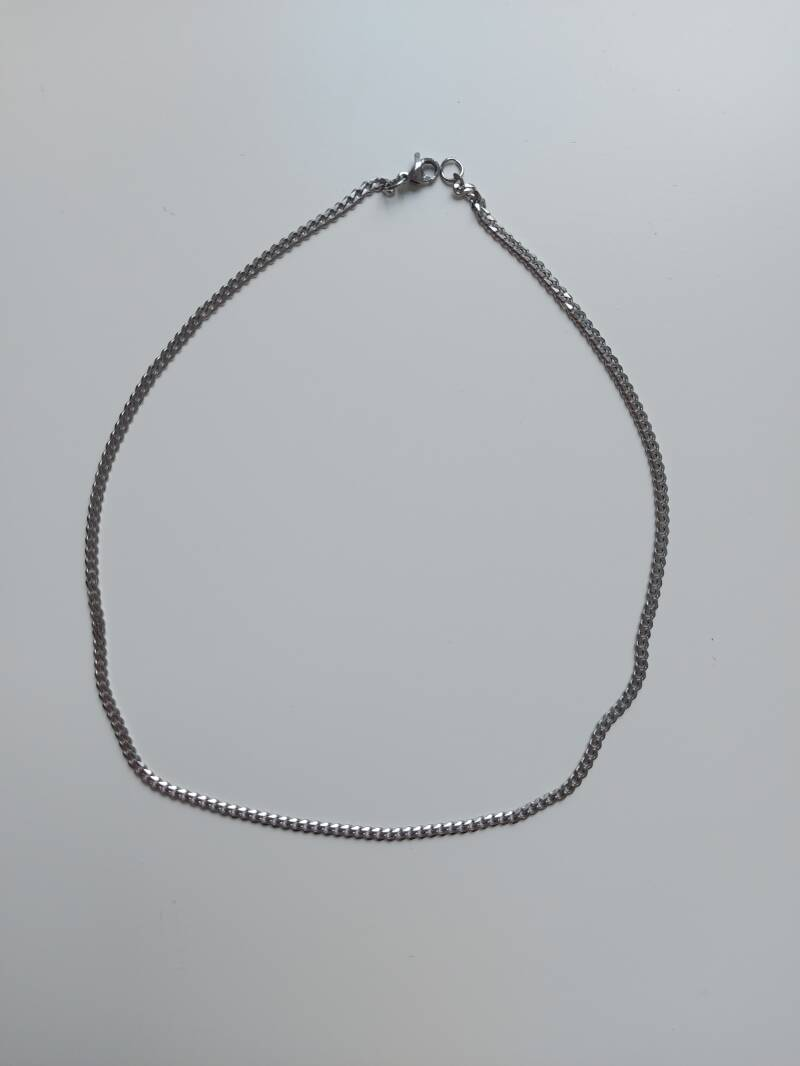 Necklace connected small | zilver