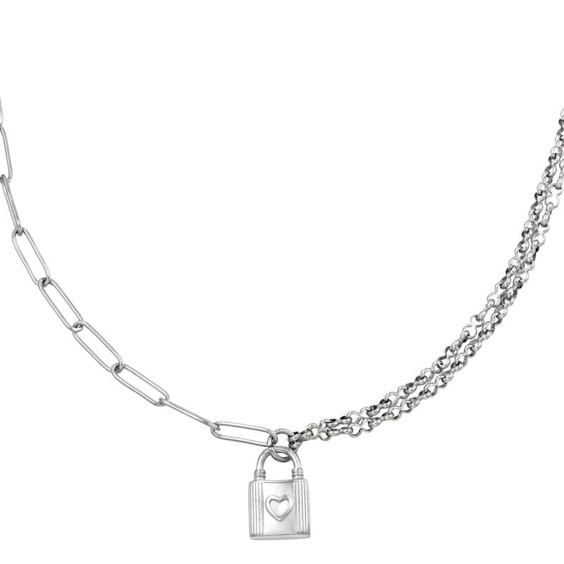 Necklace different chain lock hart   zilver