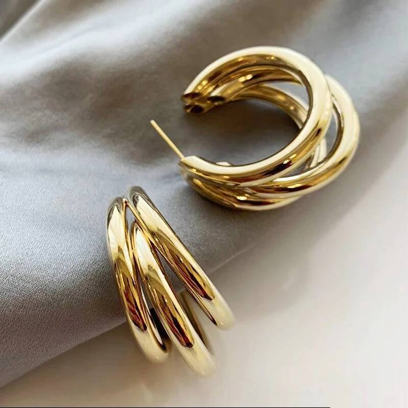 Triple earrings big | gold