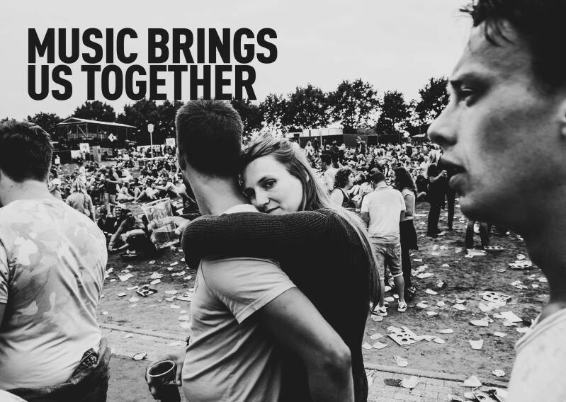 MUSIC BRINGS US TOGETHER (standard edition), English (PRE-ORDER)