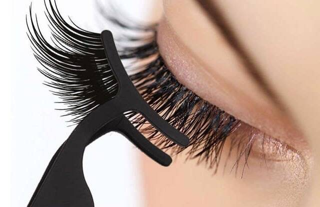 Lash FX Magnetic Lashes Application Tool