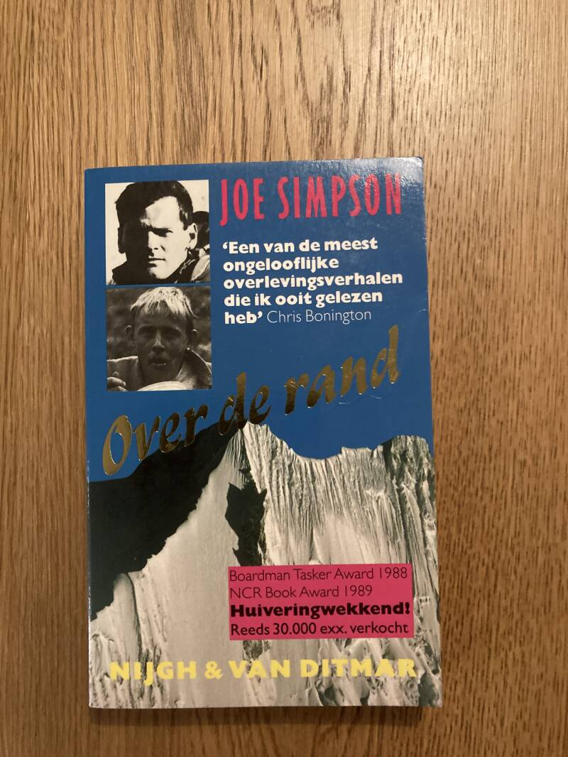 Joe Simpson - Over de rand
