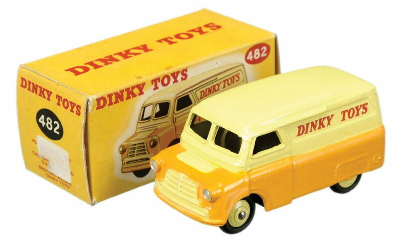 Bedford CWT 12 Dinky