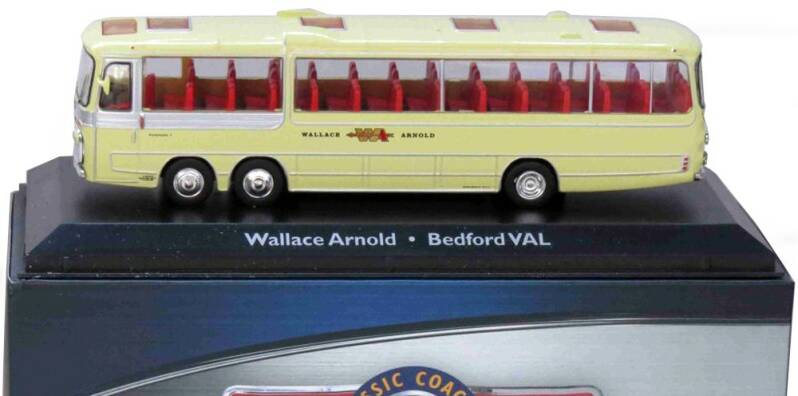Bedford VAL - WALLACE ARNOLD