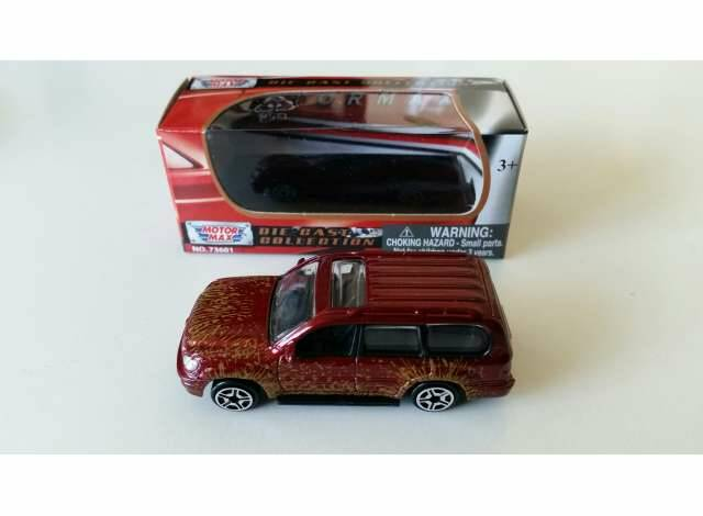 Toyota Landcruiser with dirt effect, red
