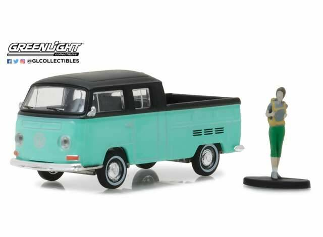"Volkswagen Type 2 Crew Cab Pick-Up ""Doka"" with Backpacker *The Hobby Shop Series 2*"