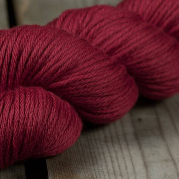 Rosy Green Wool - Rose Garden (rood)