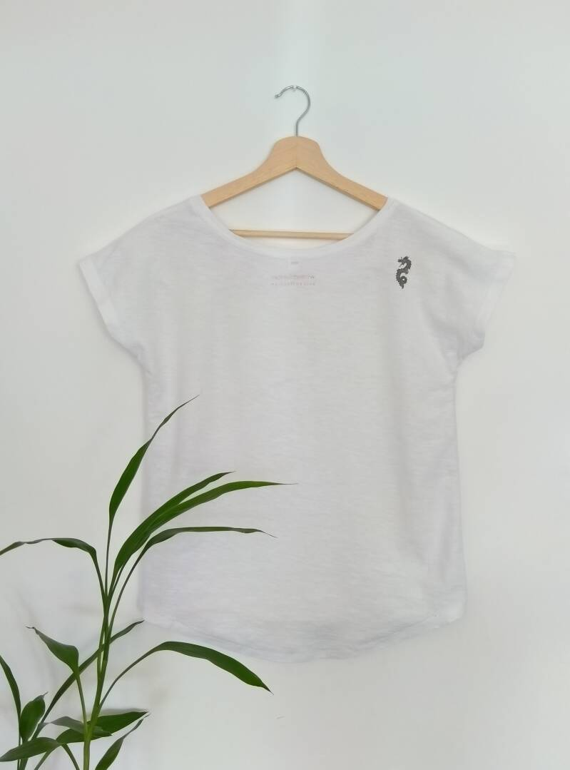 the tee with the dragon tattoo - first edition