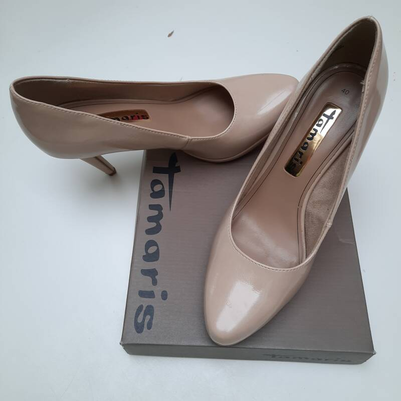 Stilleto pumps maat 40