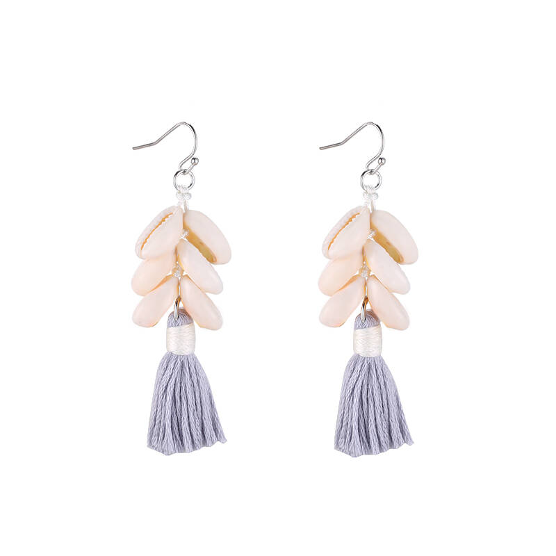 Earrings happy shells grey