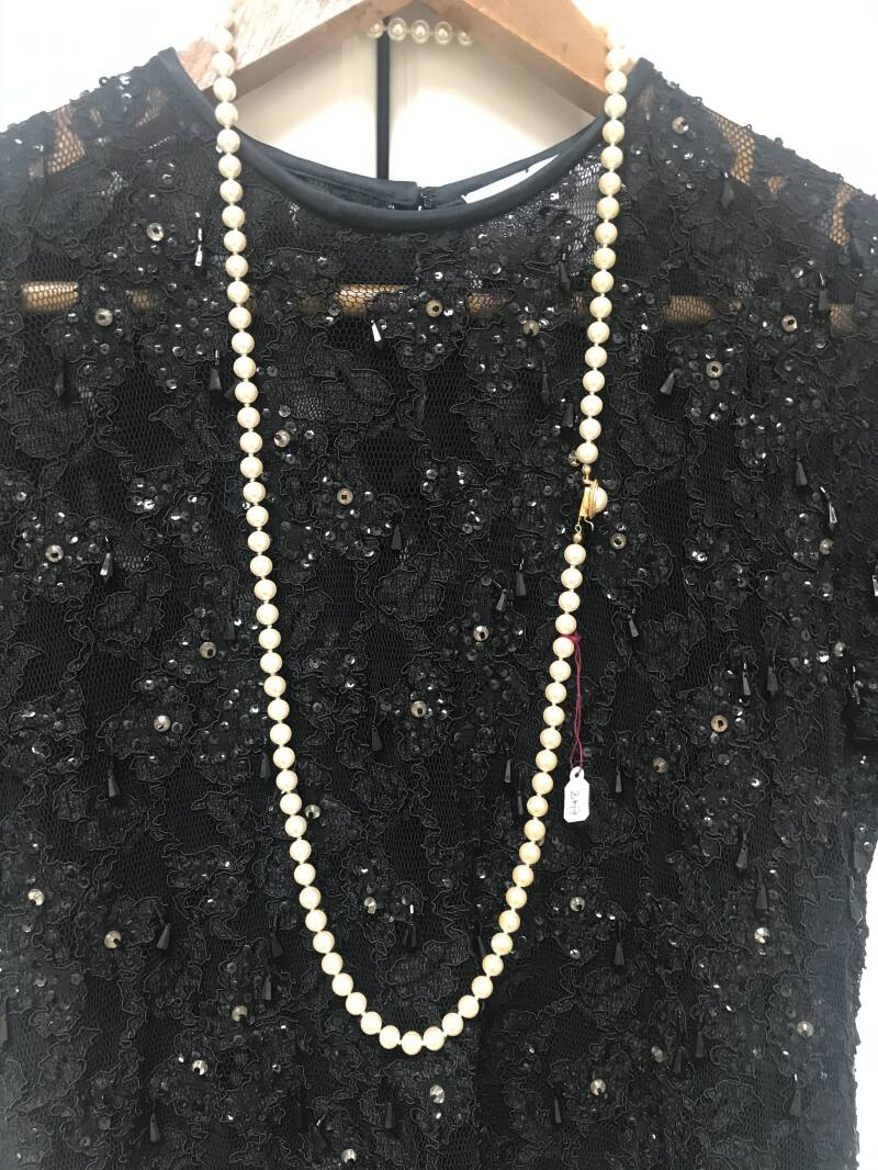 1960s Single Long String Pearls with Pearl Clasp