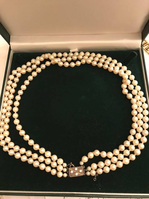 3 string Pearls with a Silver and Diamante Clasp