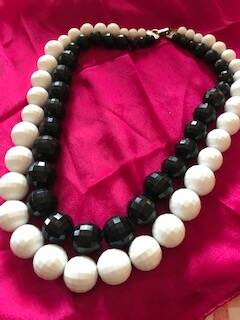 50s Beautiful Faceted Black and White Bakelite Beads
