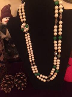 1950s 2 String Pearl and Crystal Necklace with Pretty Clasp