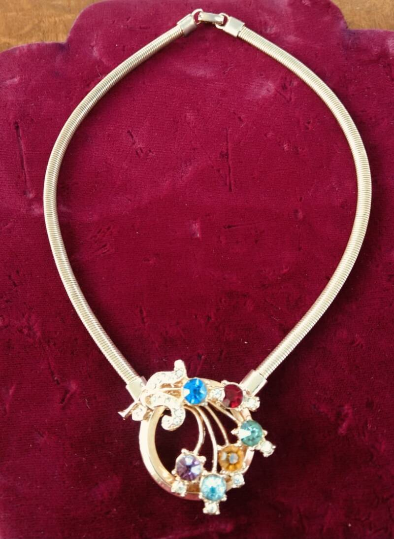 Superior 50s Gold Tone Necklace with Coloured Rhinestones