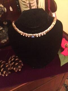 1940s Silver Coloured Choker with Lovely Diamante Detail