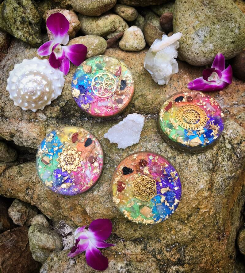 7-Chakra Rainbow Sacred Geometry Healing Orgonite® Orgone Charging Plate For Balance, Harmony & Alignment