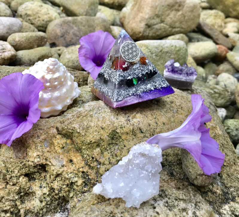 Amethyst Goddess Flower Of Life Sacred Geometry Orgonite® Orgone Pyramid For 3rd Eye Activation, Wisdom & Higher Protection