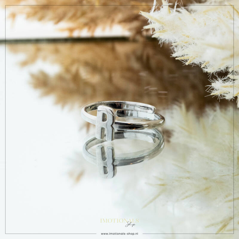 Imotionals One Size  Ring Zilver of Goudkleurig Letter R