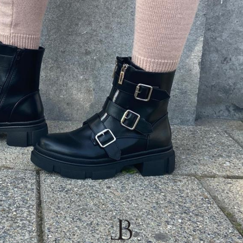 Boots - Lily