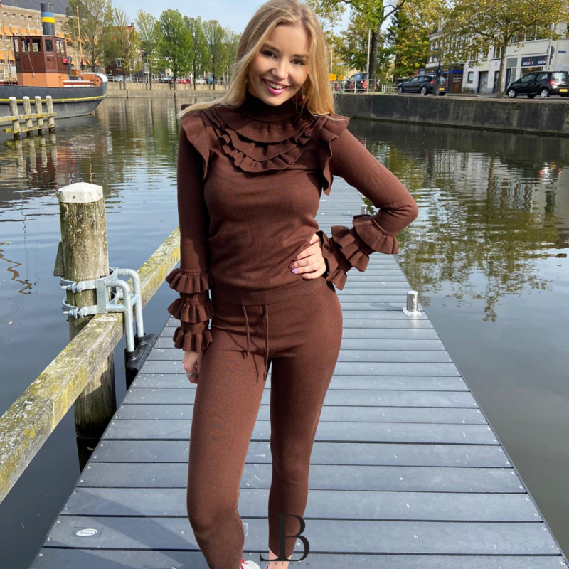 Two piece - Ruffle Brown