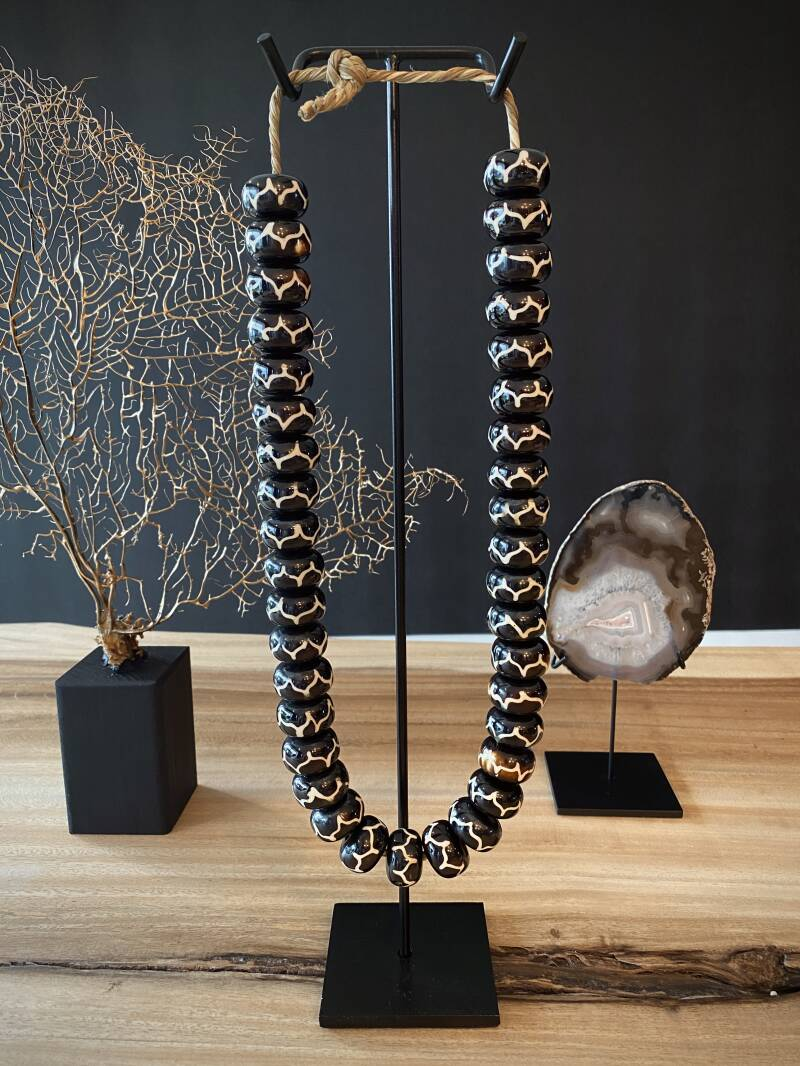 Panther beaded necklace