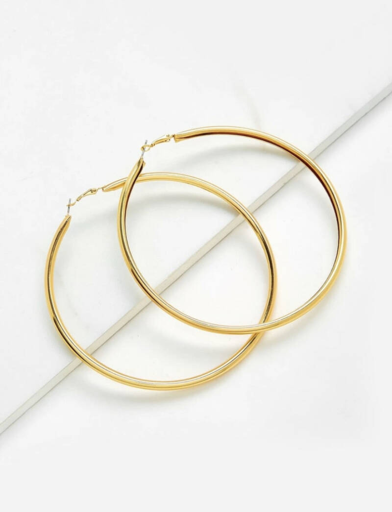 Smooth Over Size Hoop