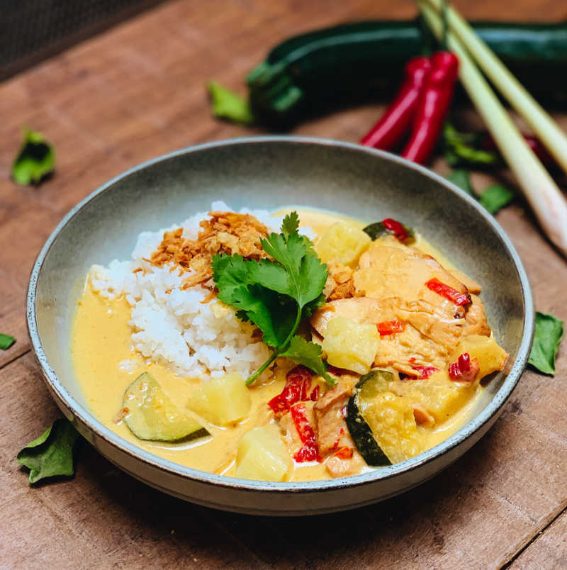 SWEET YELLOW CURRY CHICKEN - 2PERS