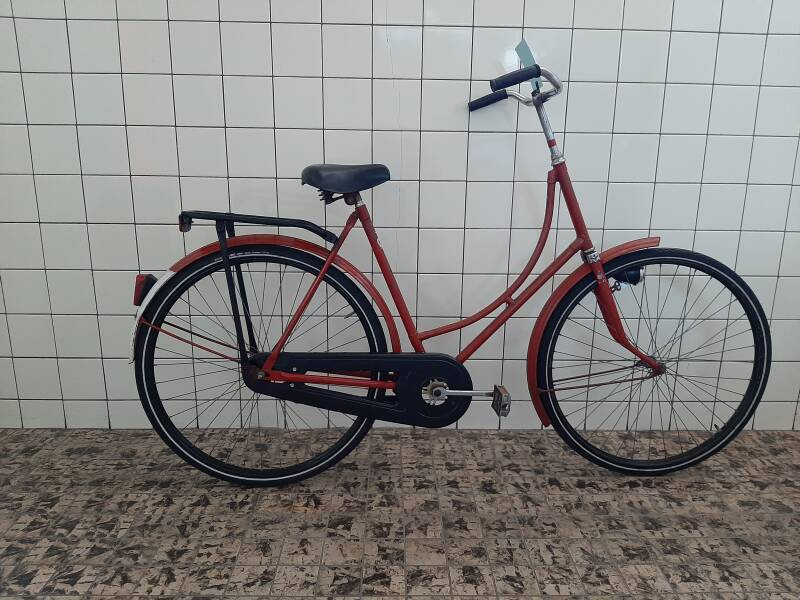 F00105 Union omafiets dames 28 inch maat 57