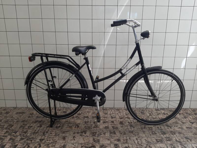 F00118 Stokvis Oma fiets dames 26 inch 50 cm small bicycle students