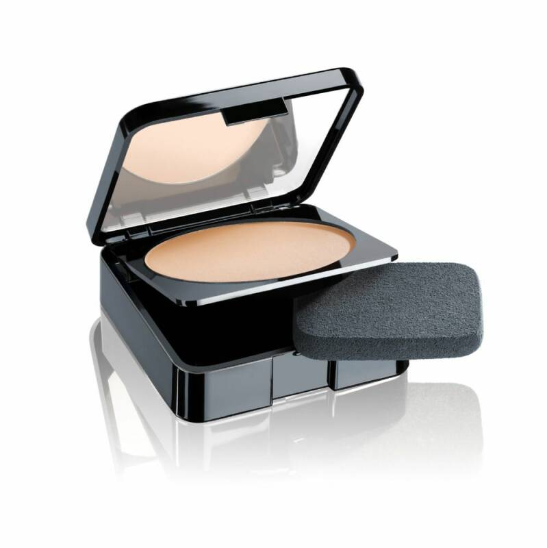 Malu Wilz Compact Powder Natural Light Beige 10