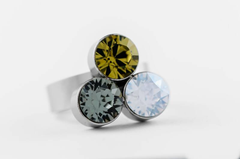 Friends Design Suzanne's Ring Olive Mix
