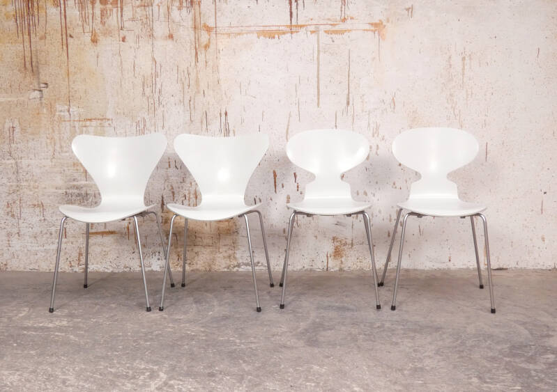 Frits Hansen butterfly & ant chairs