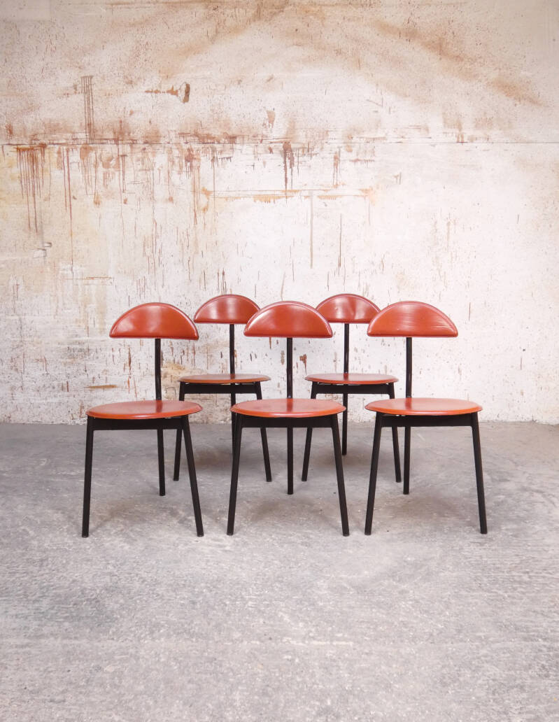 Linea Veam leather tripod chairs