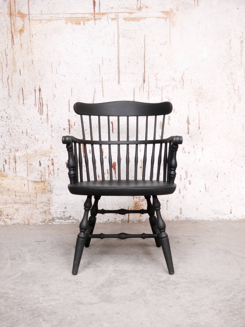 Antique low-back Windsor chair